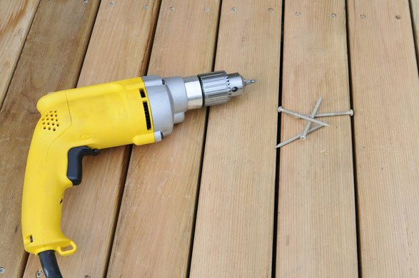 Decking Screws: Do I Need Coated or Galvanized?